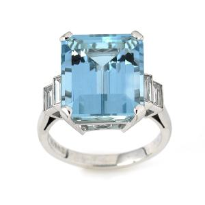 Aquamarine-with-Baguette-Diamonds