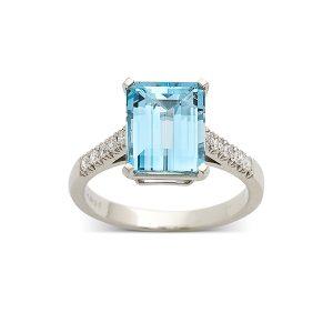 Aquamarine-with-diamond-set-band
