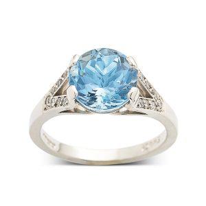Aquamarine-with-diamond-split-band