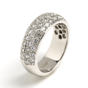 Diamond-Pave-Set-Band-in-White-Gold