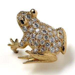 Frog-with-White-Diamonds