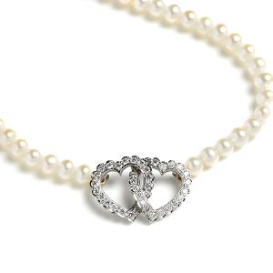 Interlocking-Diamond-Hearts-on-Pearls