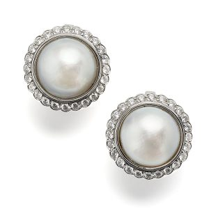 Mabe-pearls-with-diamond-cluster
