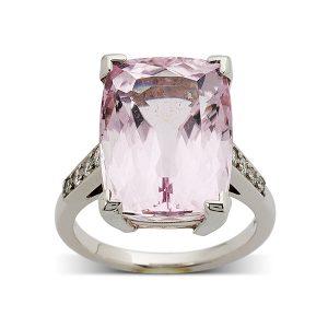 Morganite-with-diamonds-to-band