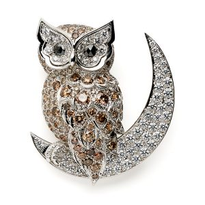 Owl-on-moon-with-white-and-brown-diamonds
