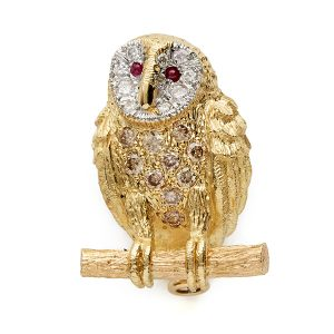 Owl-with-brown-and-white-diamonds