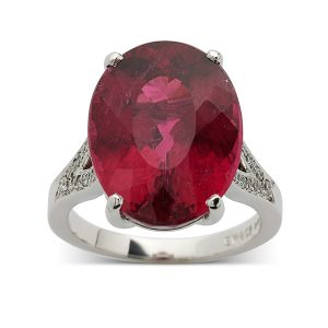 Pink-tourmaline-with-diamonds-to-shoulders
