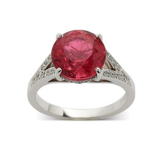 Pink-tourmaline-with-split-diamond-shoulders