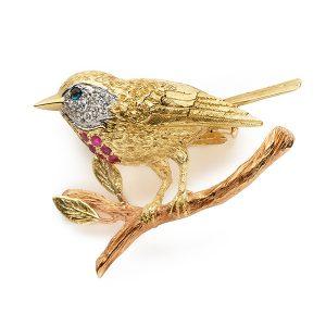 Robin-brooch-with-rubies,-diamonds