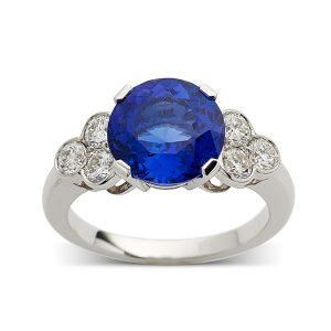 Sapphire-with-diamond-trefoil-shoulder