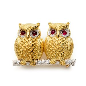 Two-owls-on-branch-with-diamonds