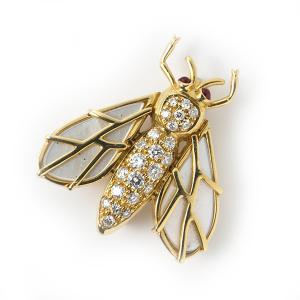 bee-with-mother-of-pearl-and-diamonds