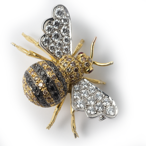 bumblebee-with-black-and-white-diamonds