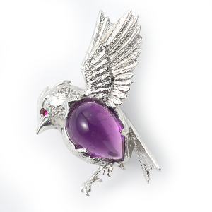 flying-bird-with-amethyst