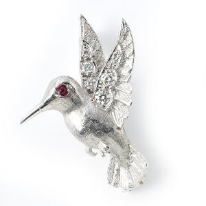 hummingbird-with-diamonds-and-ruby