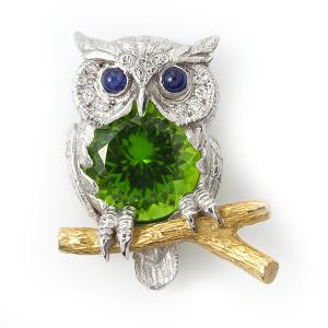 owl-with-peridot
